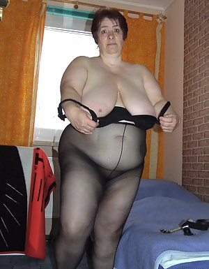 Hot Saggy Tits Porn Pictures
