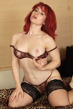 Hot Solo Porn Pictures