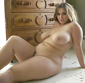 Hot Chubby Porn Pictures