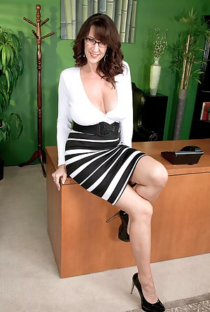 Hot Boss Porn Pictures